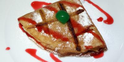 Paqueque con Dulce de Leche - Restaurante Las Golondrinas